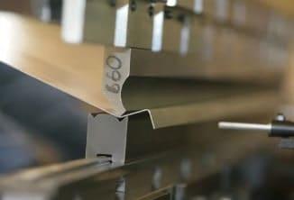 изготовление стеллажей из металла, металлические стеллажи на заказ