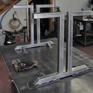 podstolya dlya stolov iz metalla 11
