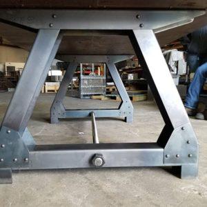 podstolya dlya stolov iz metalla 2