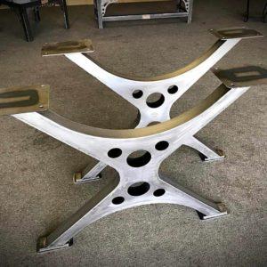 podstolya dlya stolov iz metalla 6