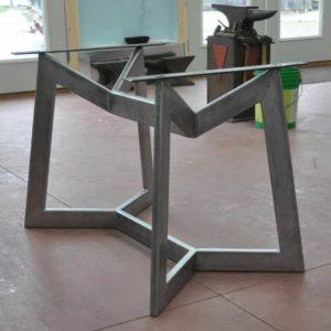 podstolya dlya stolov iz metalla 9