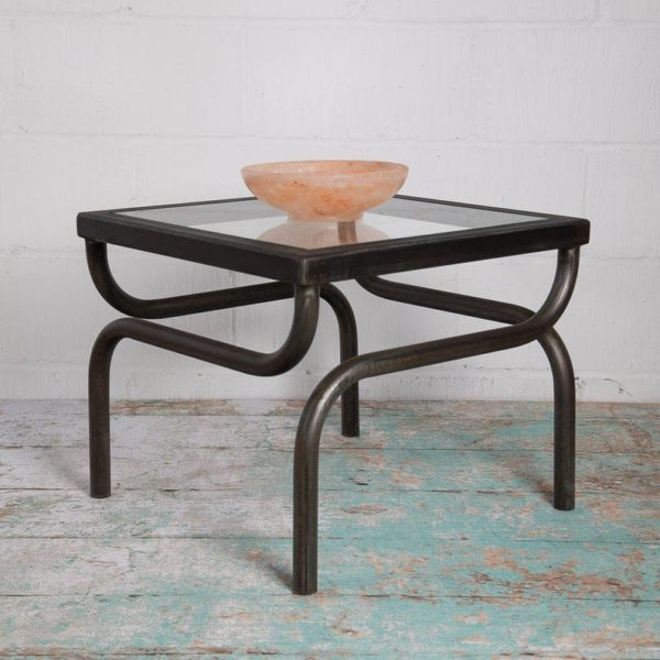 Bellisimo Double Turn Leg Журнальный столик металла с бронзовым эффектом Финиш Handmade в территории Великобритании из одного куска металла Бесплатной доставки