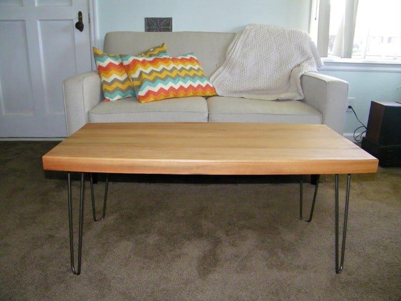 Пользовательские мелиорированных дерево журнальный столик с металлическими ножками и шпилька & Quot лодка & Quot изогнутые стороны, промышленный современный