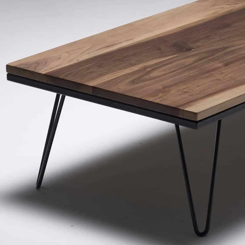 Шпилька Журнальный столик в грецкий орех - Лиственные - металлические ножки - MADE IN ENGLAND