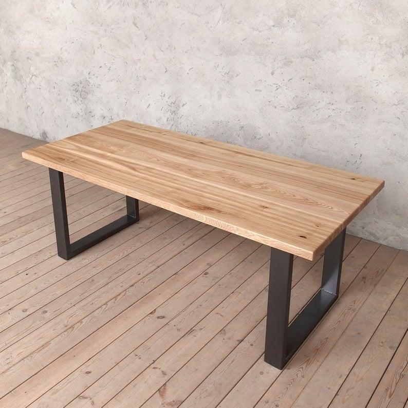 Holborn Твердая Ash Обеденный стол с Graphite Gray U ножках
