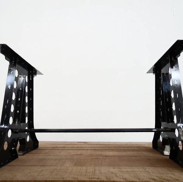 Дизайнерское металлическое подстолье массивное LP07