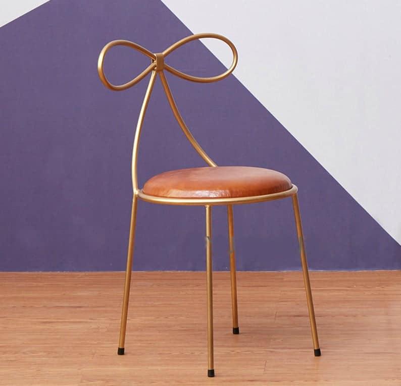 Металлический стул с мягким сиденьем, Современный американский стиль Кожаный стул, LOFT Девочки Стул, Бабочка Дизайн Стул с металлическим основанием, Металлическая мебель