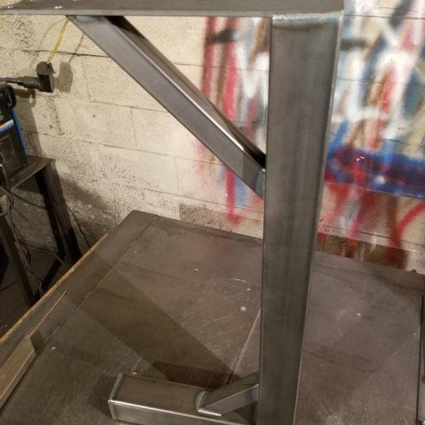 металлические ножки стола