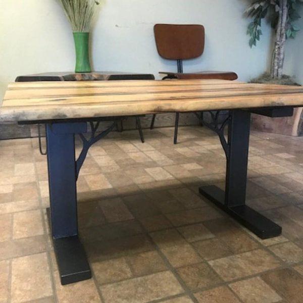 Металлические ножки стола / Металлические ножки с опорами веток деревьев