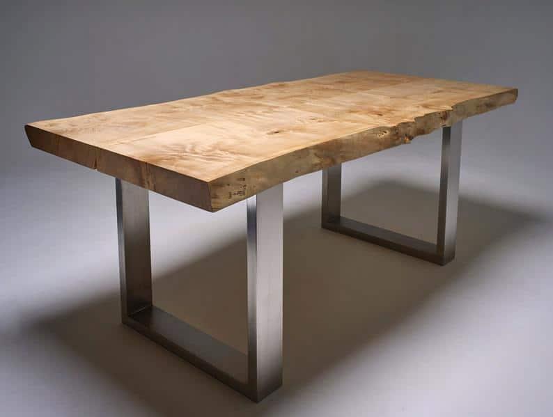 Один-в-Kind Обеденный стол с живой пограничными и нержавеющей стали Ножки