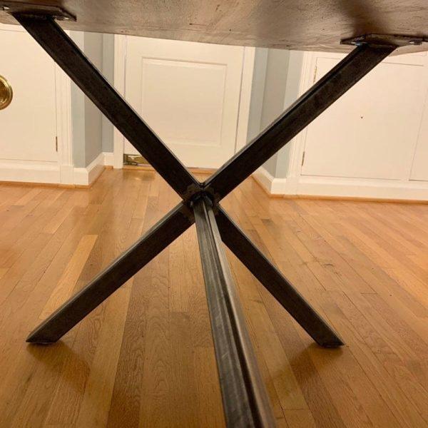 Стальные ножки стола