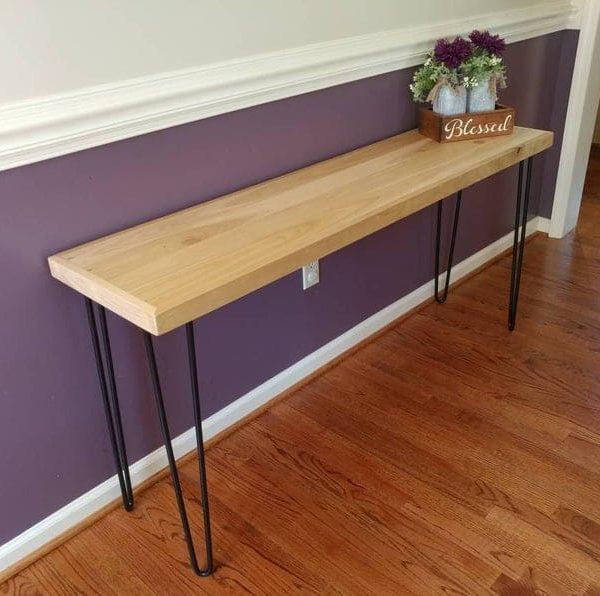Широкий тополь консоль стол с черными шпильками ног