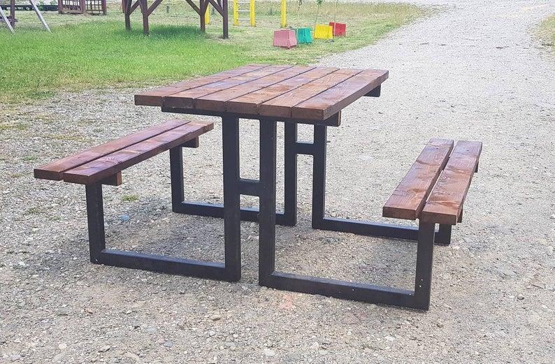 Деревянный комплект с металлическими ножками