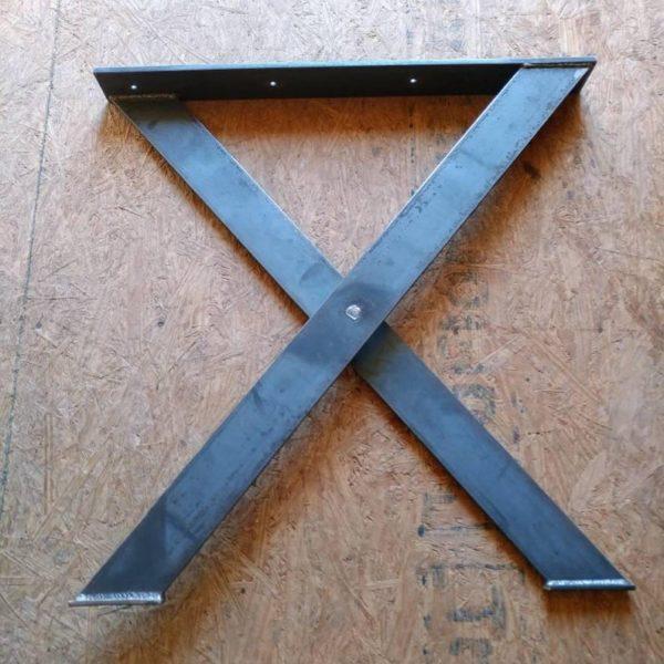 Х образный обеденный стол для ног
